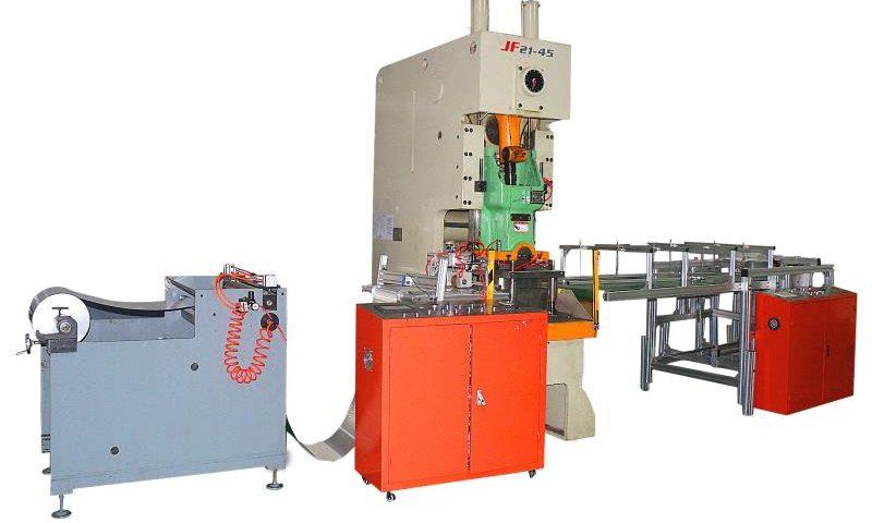 ماكينة تصنيع الاطباق الفويل